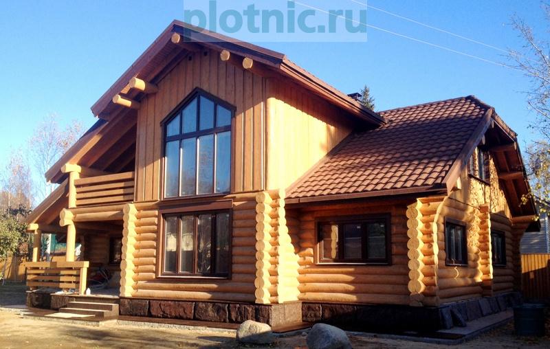 Современный бревенчатый дом с 4-мя спальнями и баней
