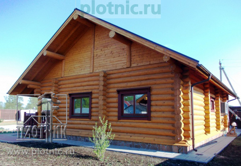 Правильный сельский дом с двумя спальнями